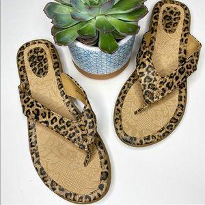 Born B.O.C Leopard Print Flip Flop Thong Sandals